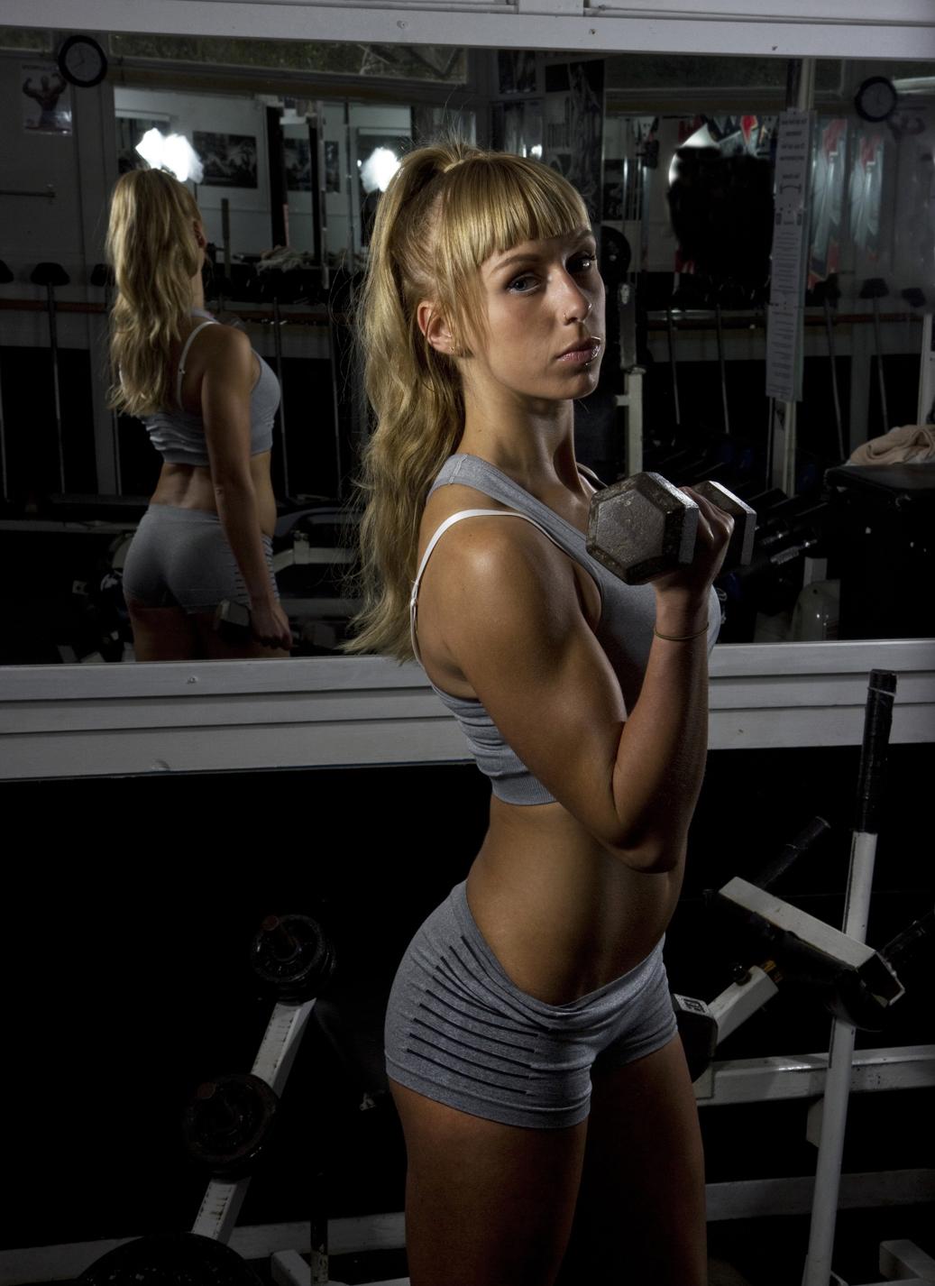 Hannah Weights1